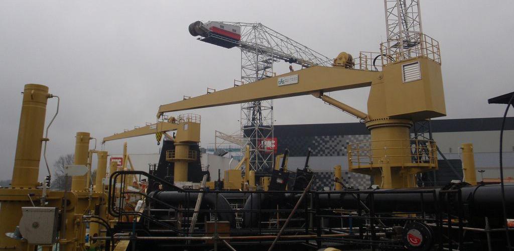 straight-boom-cylinder-marine-crane