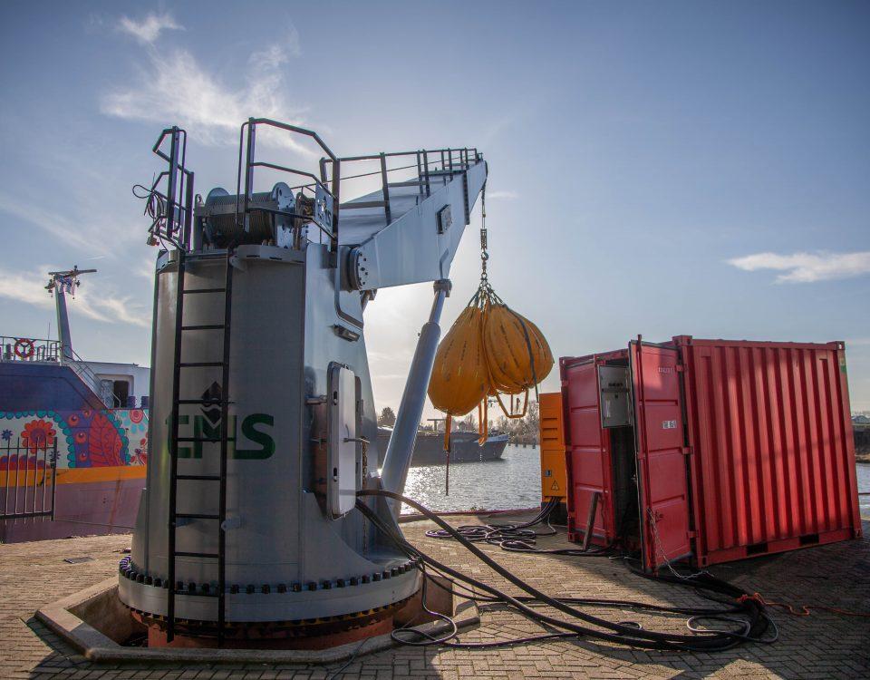 TMS Navel Deck Crane